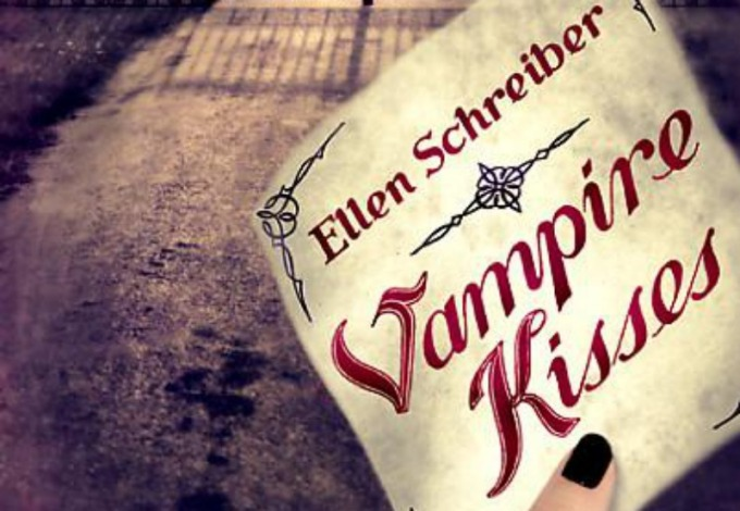 """Book Review: Newfound Obsession – """"Vampire Kisses""""✭✭✭✭✭"""