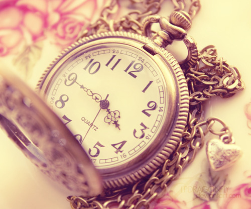 ancient-beautiful-clock-photography-picture-Favim.com-122966